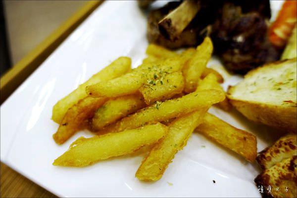 樂樂城堡 媽咪廚房 Mommy%5Cs kitchen (25).JPG