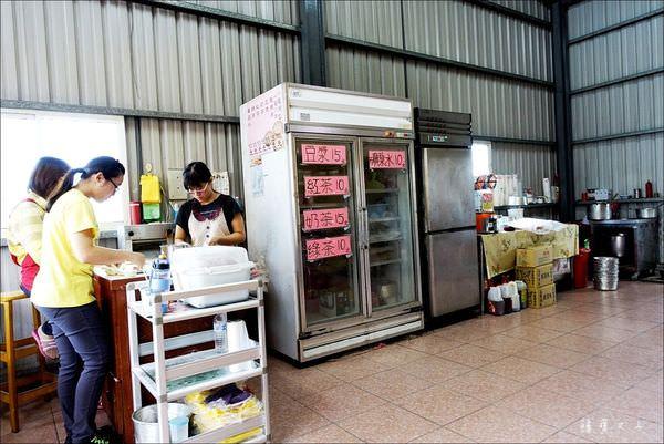 正常鮮肉小籠湯包 (5).JPG