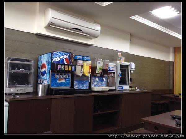 飲料區.JPG