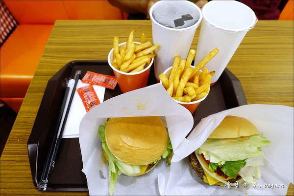 Burger Talks 淘客漢堡 (12).JPG