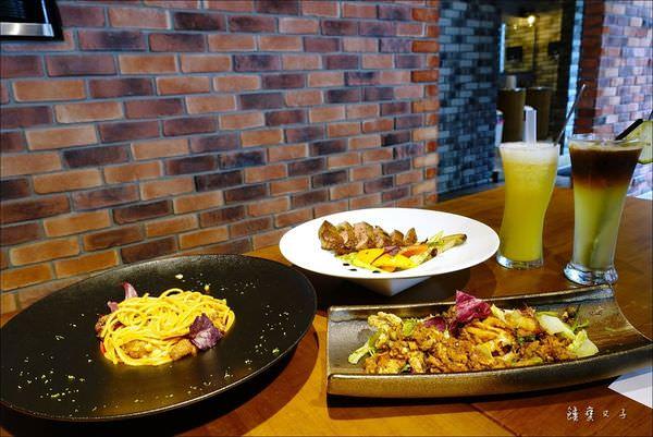 ARENA 遊戲主題餐廳 (50).JPG