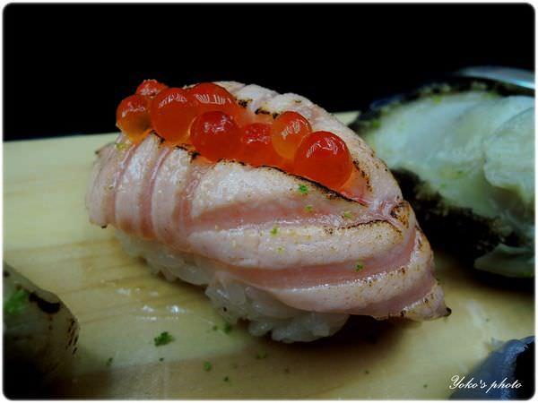 鮭魚親子燒握壽司.JPG