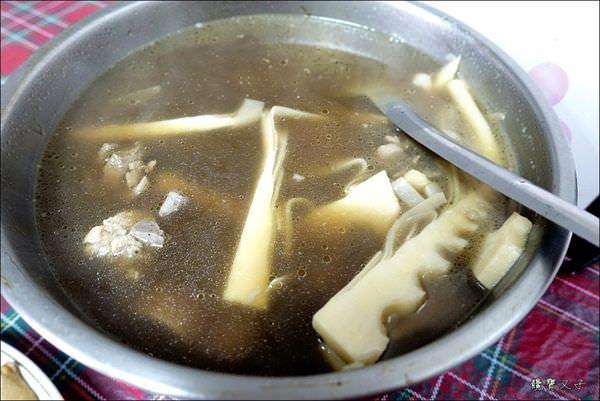 雙月雞湯 (12).JPG