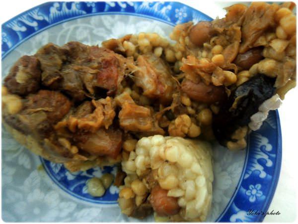 肉粽 (2).JPG